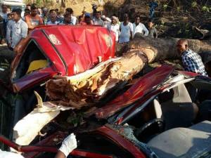 Rajkot 4 People Dead 2 Injured Car Accident