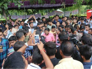 Pass Leader Hardik Patel S Detention From Assembly Today