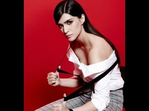 Kriti Sanon Who Smoke And Are Fond Of Body Art Are Not Characterless