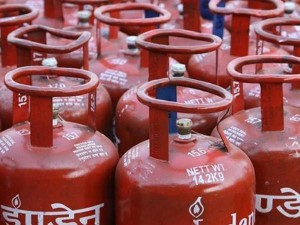 Now Every Month Lpg Will Be Hiked 4 Rupees