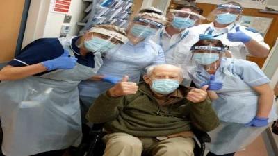 101 વર્ષના દાદા કોરોના વાયરસને મ્હાત આપી ઘરે પાછા આવ્યા