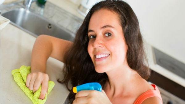 દિવાળીમાં આ સરળ રીતે કરો ઘરની સફાઇ