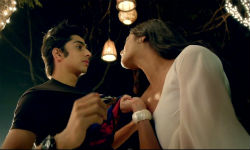 Shootout At Wadala- Laila song